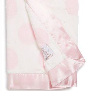 LITTLE GIRAFFE Luxe Spot Blanket in Pink